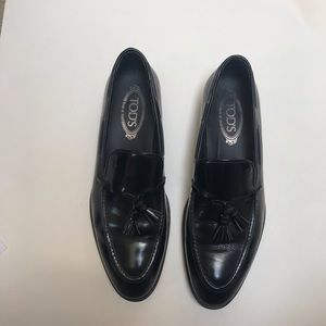 Tod's Patent Loafer with Tassel size US 9